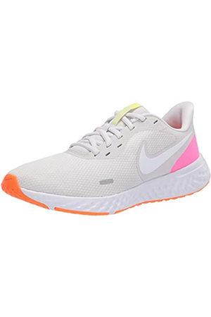 Nike Women's WMNS Revolution 5 Running Shoe, Platinum Tint/ Blast