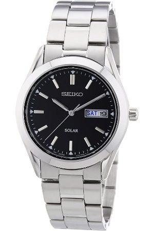 Seiko Men's Analogue Solar Powered Watch with Stainless Steel Strap SNE039P1