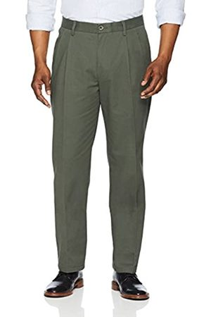 Amazon Essentials Classic-Fit Wrinkle-Resistant Pleated Chino Pant (Olive)