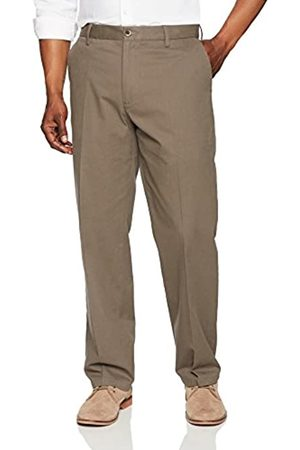 Amazon Essentials Classic-Fit Wrinkle-Resistant Flat-Front Chino Pant (Taupe)