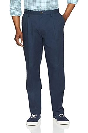 Amazon Classic-Fit Wrinkle-Resistant Pleated Chino Pant (Navy)