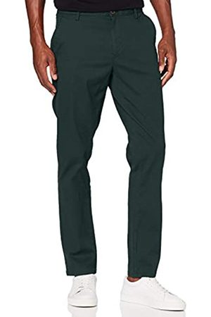 Izod Men's Varsity Tapered Chino Trouser