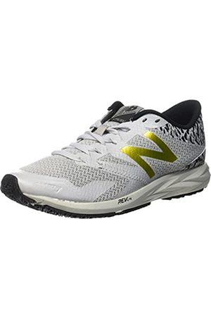 New Balance Women's WSTRO Running Shoes