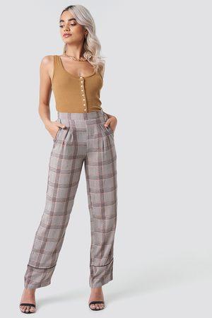 Rut & Circle Check Piping Pant - Brown