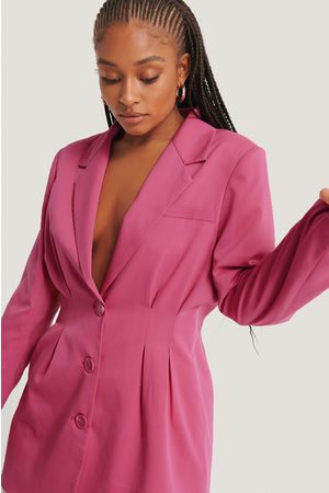 NA-KD Darted Blazer - Pink