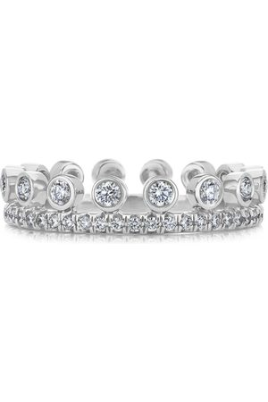 De Beers White Gold and Diamond Dewdrop Ring