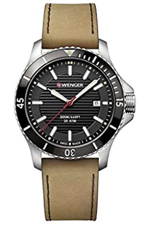 Wenger Unisex Analogue Quartz Watch with Stainless Steel Strap 01.0641.125