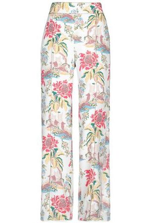 Peter Pilotto Women Trousers - TROUSERS - Casual trousers