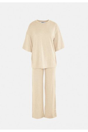 Missguided Women Wide Leg Trousers - Jersey T Shirt And Wide Leg Trousers Co Ord Set
