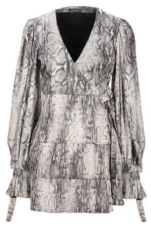WANDERING DRESSES - Short dresses