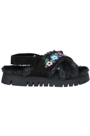 GENEVE Women Sandals - FOOTWEAR - Sandals