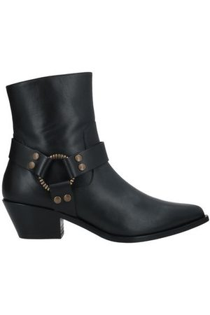 PAOLA D'ARCANO FOOTWEAR - Ankle boots