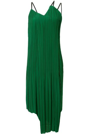 AKIRA NAKA Pleated shift dress