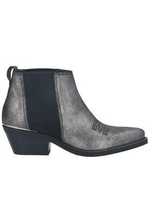 Janet&Janet FOOTWEAR - Ankle boots