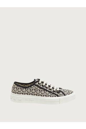 Salvatore Ferragamo Men Gancini sneaker Size 4