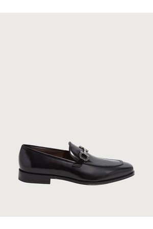 Salvatore Ferragamo Men Gancini moccasin Size 4