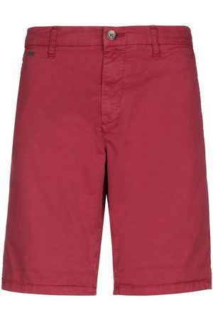 Guess TROUSERS - Bermuda shorts