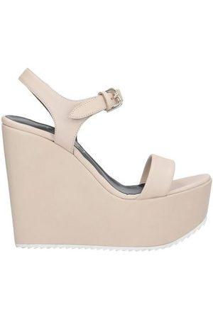 Vicini FOOTWEAR - Sandals