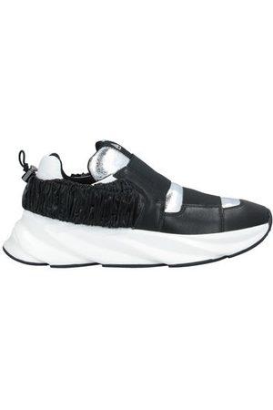 Elena Iachi FOOTWEAR - Low-tops & sneakers
