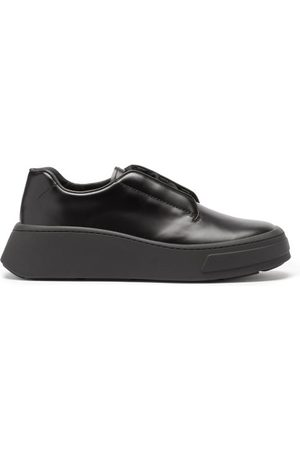 Prada Men Shoes - Chunky-sole Logo-debossed Leather Derby Shoes - Mens