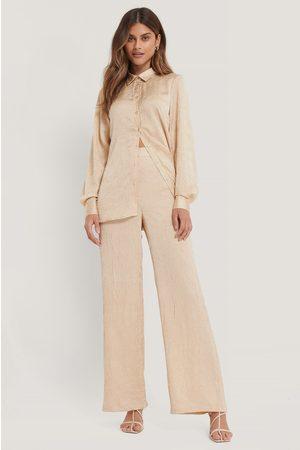 NA-KD Crinkled Suit Pants - Beige