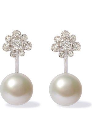 ANNOUSHKA 18kt Marguerite diamond pearl earrings - 18ct