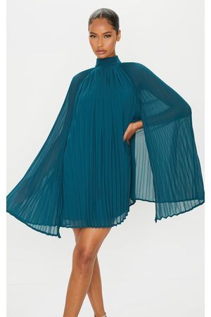PRETTYLITTLETHING Women Party Dresses - Emerald Pleated Cape High Neck Shift Dress