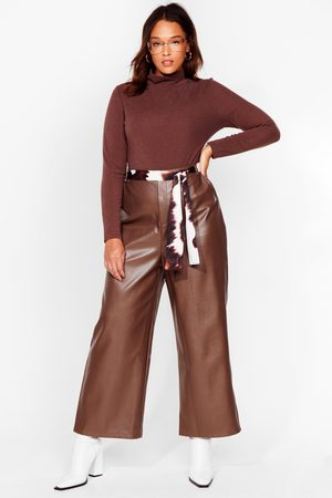 NASTY GAL Womens The Hustle Plus Faux Leather Cropped Trousers