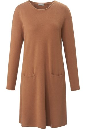 include Knitted dress in 100% cashmere size: 10