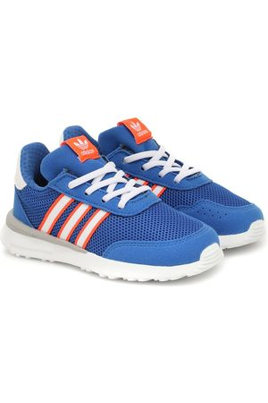 adidas Retroset sneakers