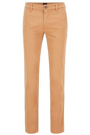HUGO BOSS Men Chinos - Slim-fit casual chinos in brushed stretch cotton