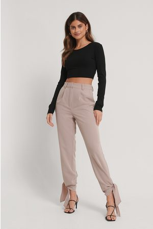 Stéphanie Durant x NA-KD Tie Detail Suit Pants - Pink