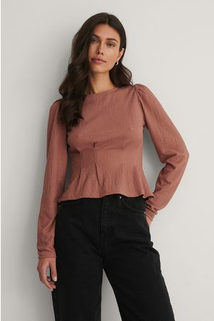NA-KD Cinched Waist Detail Top - Pink