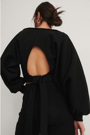 NA-KD Open Back Sweater - Black