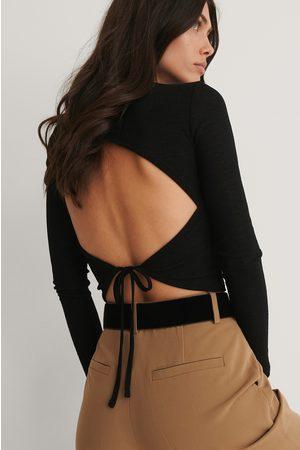 NA-KD Open Back Crepe Long Sleeve Top - Black