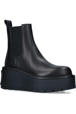 VALENTINO Garavani Uniqueform Chelsea Boots 85