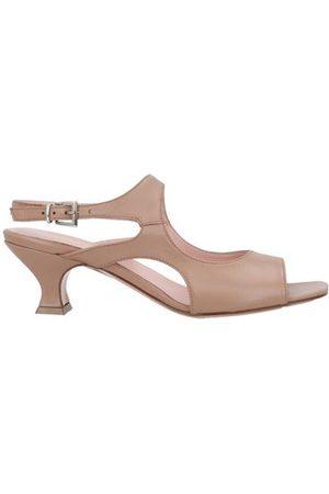 ANNA F. FOOTWEAR - Sandals