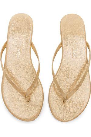 Tkees Glitters Flip Flop in . Size 6, 7.