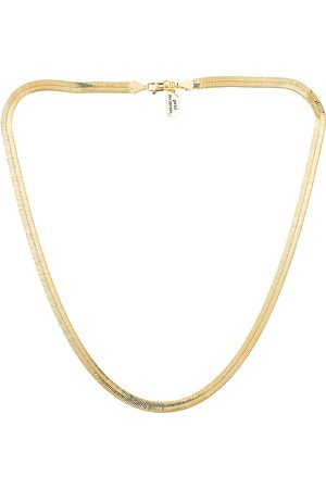 petit moments Cher Chain Necklace in .