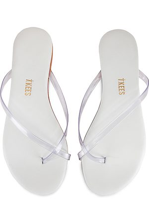 Tkees Riley Sandal in . Size 5, 6, 7, 8, 9.
