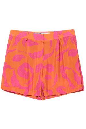 OFF-WHITE BOTTOMWEAR - Shorts & Bermuda Shorts