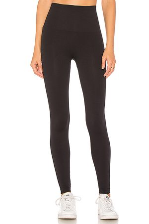 Spanx Look At Me Now Legging in . Size M, S, XS.