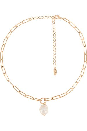 Ettika Pearl Pendant Necklace in .