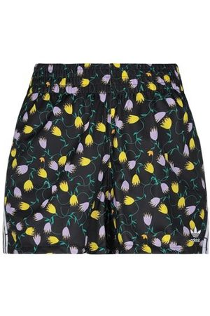 adidas TROUSERS - Shorts