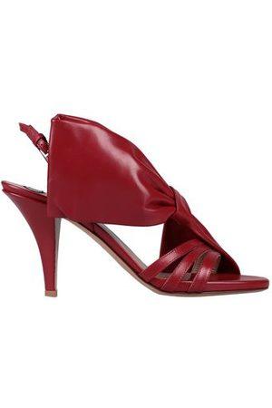 VALENTINO GARAVANI FOOTWEAR - Sandals