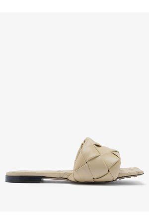 Bottega Veneta Women Sandals - The Lido Intrecciato Leather Slides - Womens