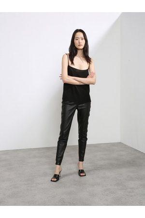 Raey Elasticated-waist Leather Leggings - Womens