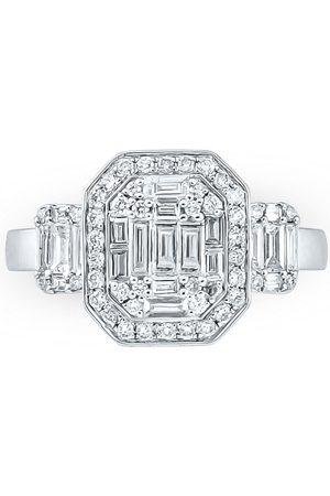 SuperJeweler 1 Carat Round & Baguette Shape Diamond Engagement Ring in 14K (4 g) (G-H, VS1), Size 6