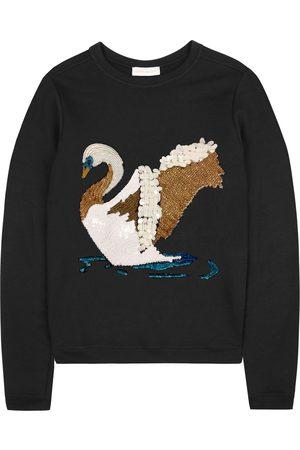 Uzma Bozai Swan