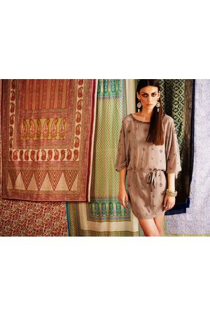 Uzma Bozai Women Tunic Dresses - Aari Kaftan